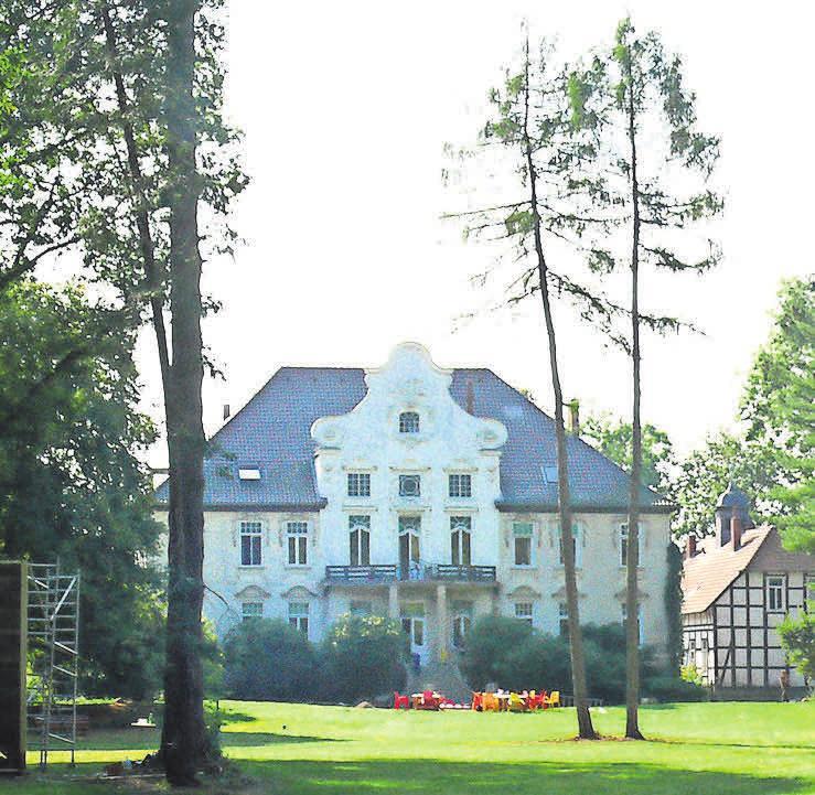 Auf dem KulturGut Poggenhagen sind der Park und auch aktuelle Ausstellungen zu besichtigen.