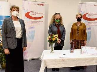 Sozialsenatorin Elke Breitenbach; Birgit Liebner Kathrin Diana Hennrich, Paradiesfabrik GmbH