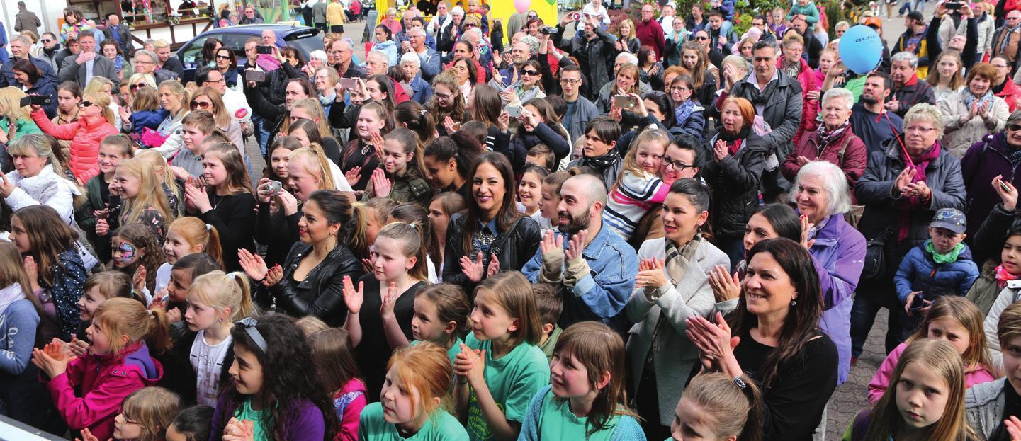 Begeistertes Publikum: Die Auftritte der Vorsfelder Vereine kommen gut an.