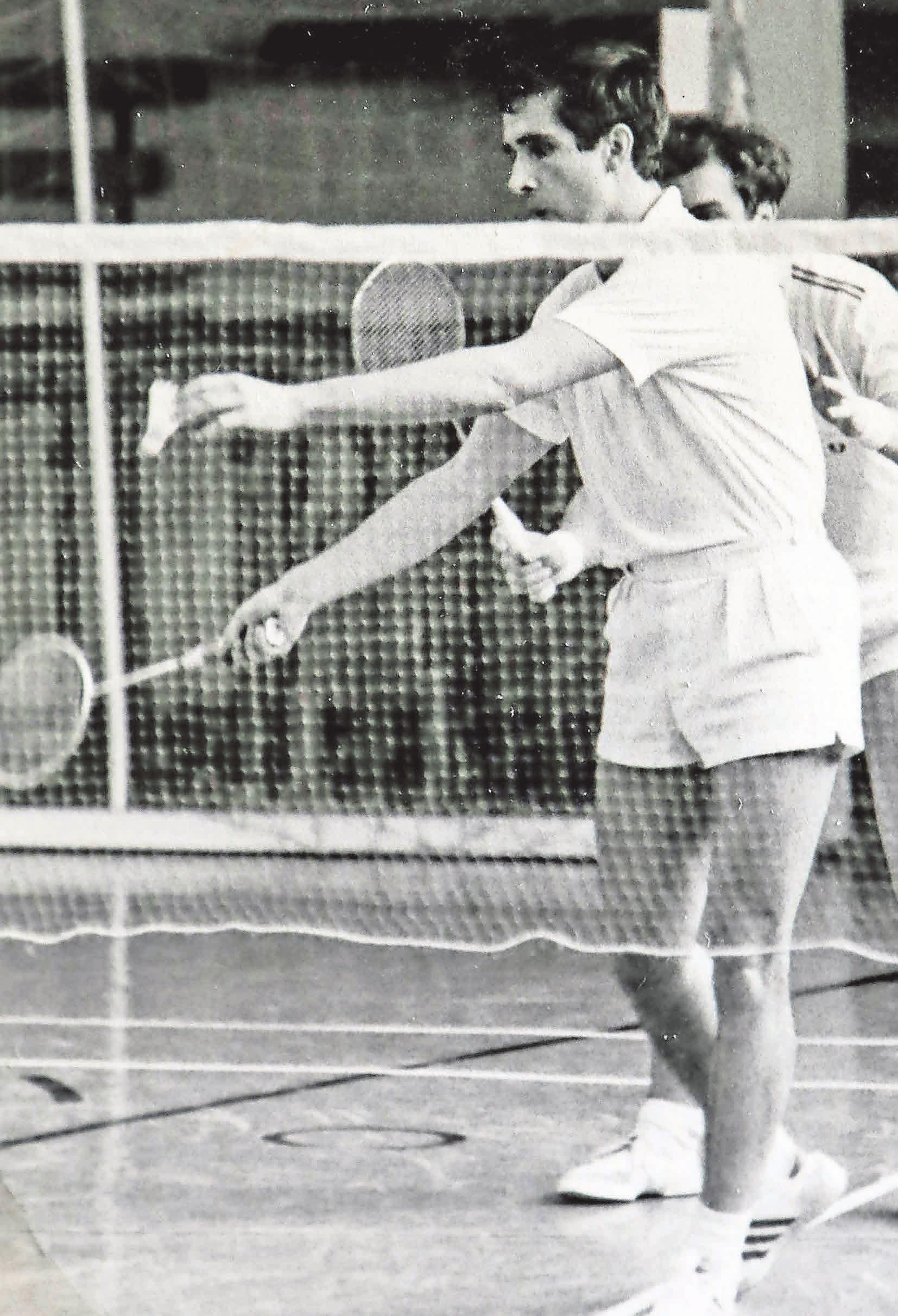 EM-Gold in Schweden: Badminton-Ass Willi Braun ist einer der erfolgreichsten VfL-Sportler der 60er und 70er Jahre. Fotos: Britta Schulze Privat
