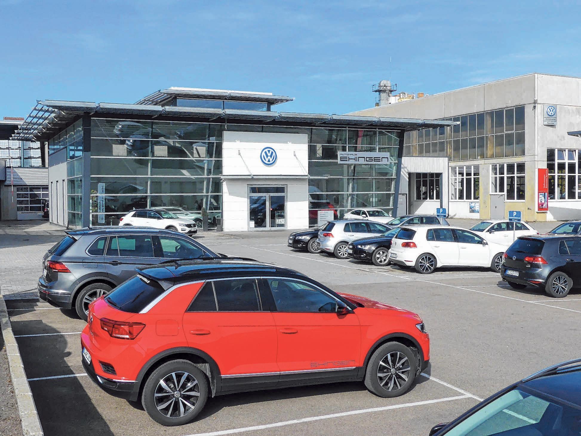 Im Autohaus Ehingen kann man am Sonntag viele neue Modelle bestaunen. FOTOS: KARL-HEINZ BURGHART