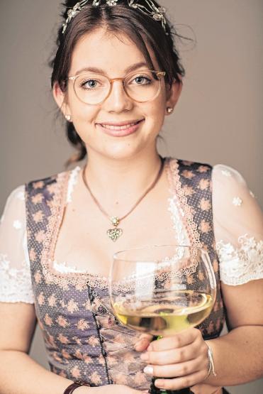Weinprinzessin Julia I. FOTO: WEI