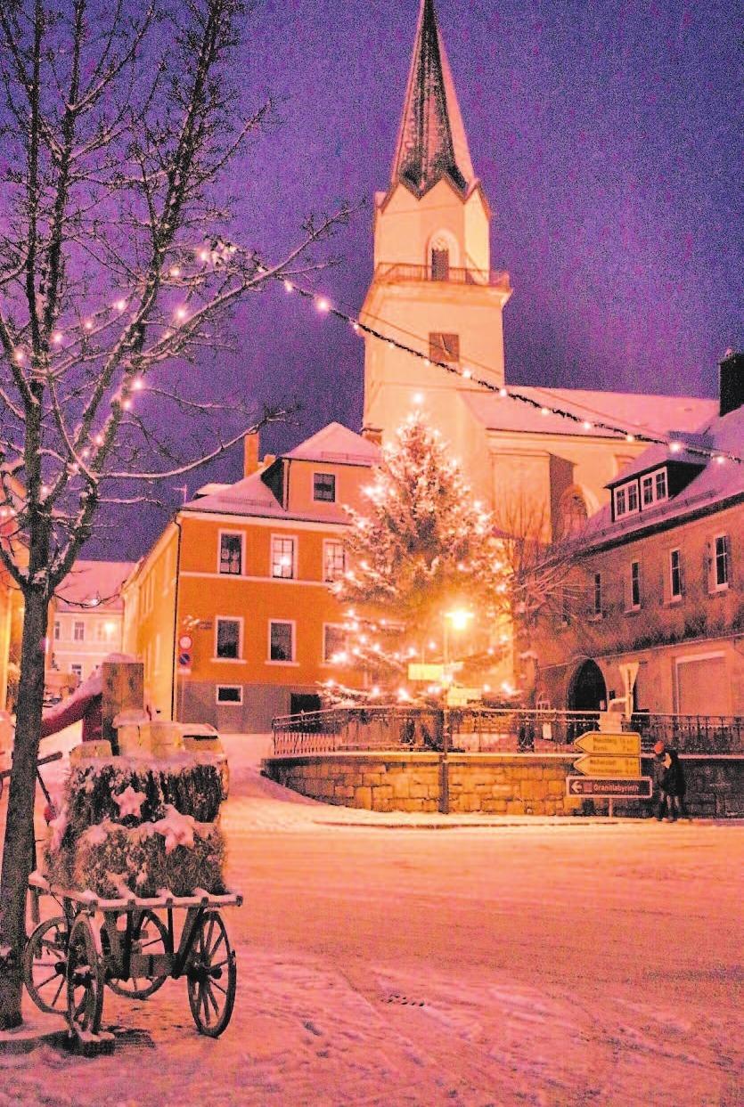 Um 15 Uhr beginnt in der Kirchenlamitzer Michaeliskirche das Adventskonzert.Foto: W.F.