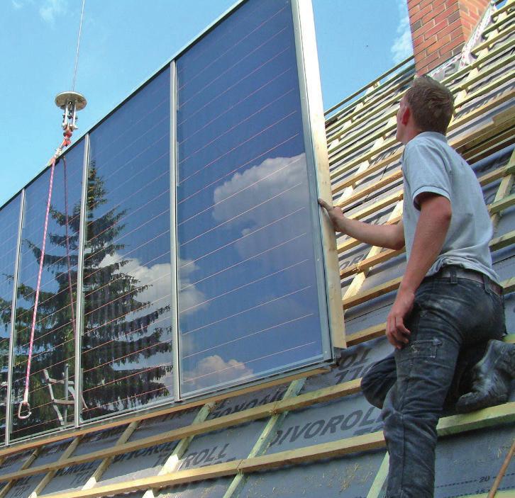 Auch die Solartechnik ob zur Warmwosserbereitung oder Stromerzeugung, gehört schon lange ins Ausbildungsprogramm des Dachdeckerhandwerks.