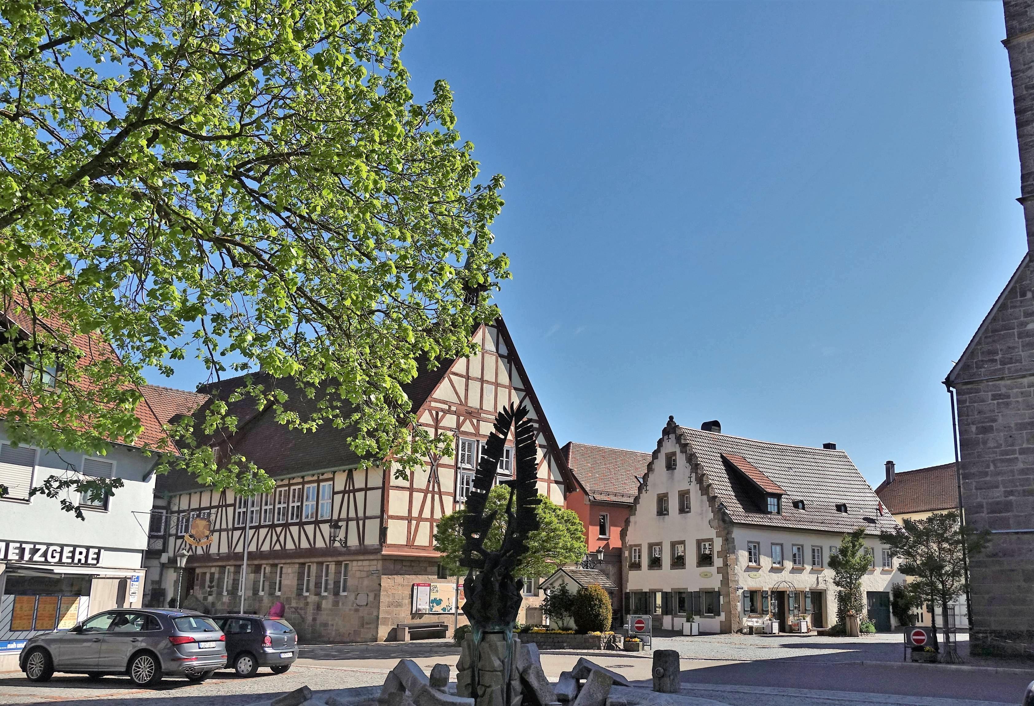 Die hübsch herausgeputzte Altstadt Waldenburgs lässt kaum mehr erahnen, dass viele ihrer Bewohner früher in bitterer Armut lebten. Fotos: Juergen Koch