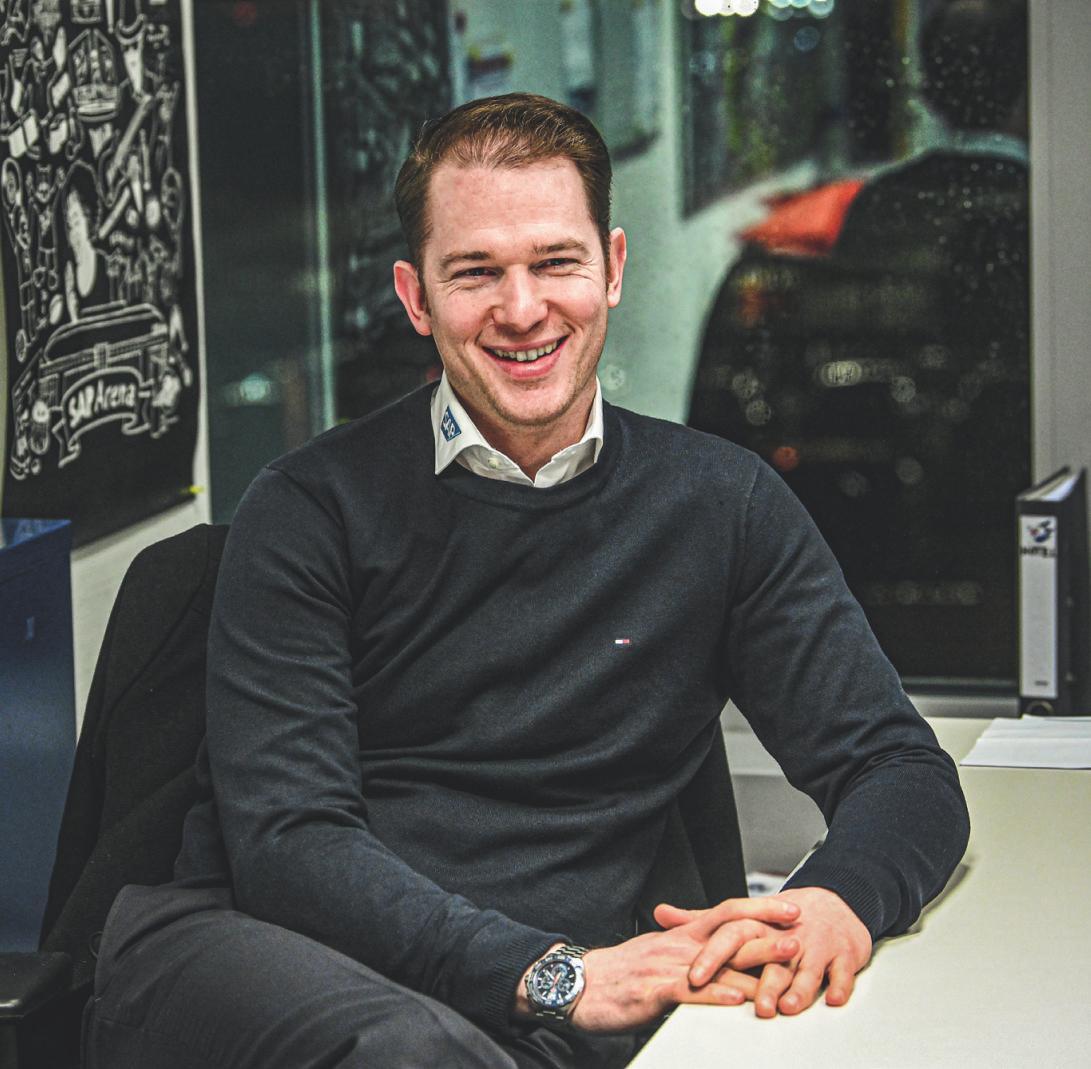Interview mit Adler-Mannheim-Team-Manager Youri Ziffzer
