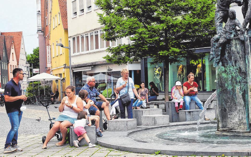 Die schöne Stadt Ellwangen lädt Jung und Alt ein, die lebendige Innenstadt mit allen Sinnen zu erleben.
