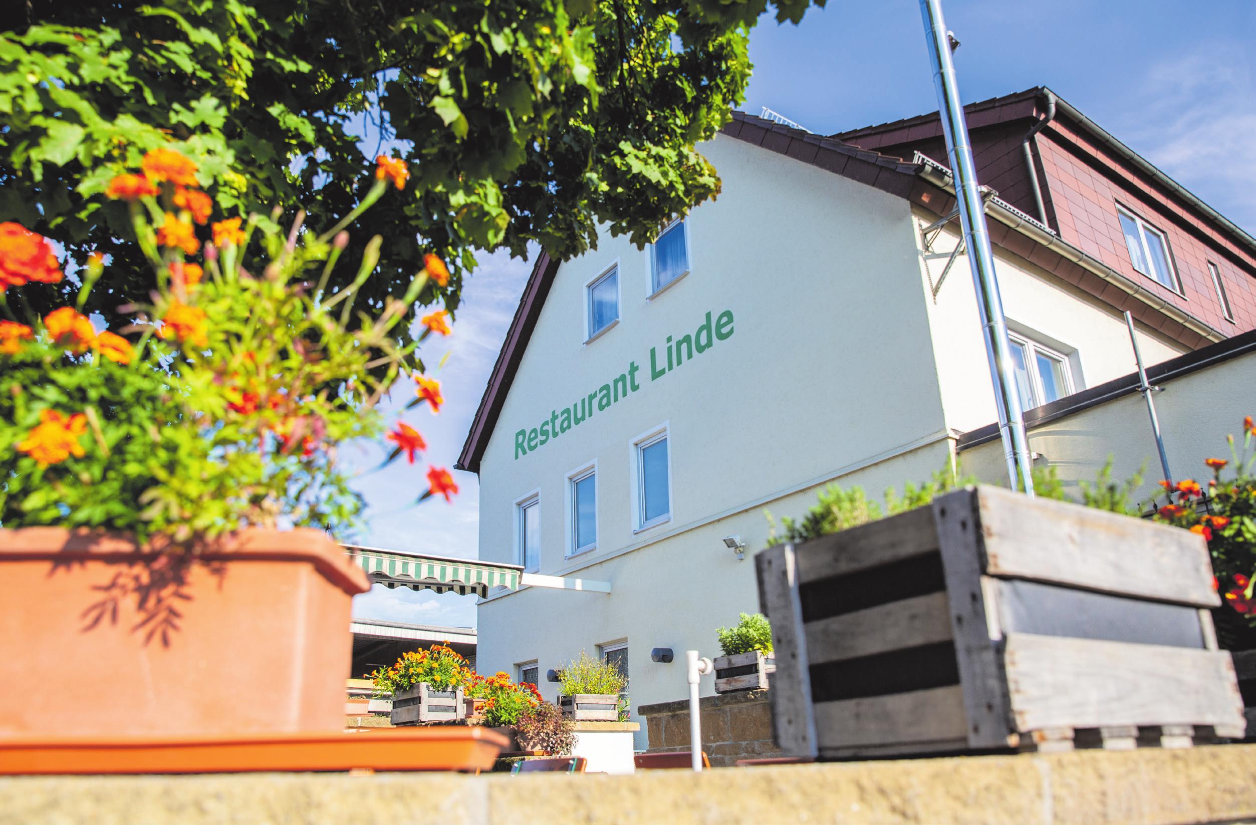 Außen wie innen absolut vorzeigbar: das Hotel-Restaurant Linde hat sein Restaurant modernisiert und schließt damit eine Vielzahl an Renovierungen in den vergangenen Jahren ab. Foto: Lukasz Burchardt
