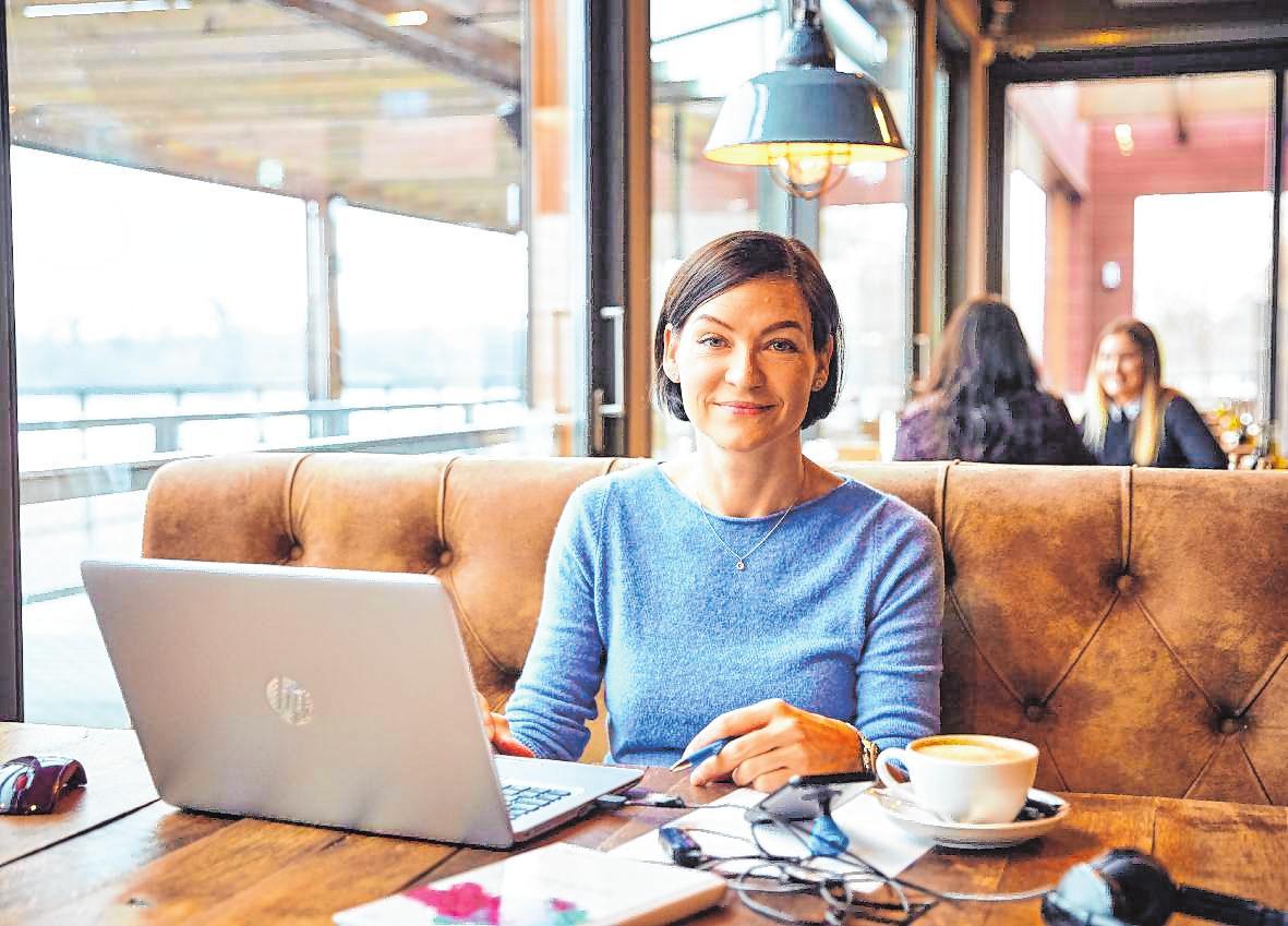 Mobiles Arbeit bei Roche Diagnostics: Yvonne Penderak aus der Personalabteilung. BILD: ROCHE