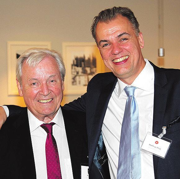"""52 gemeinsame Jahre: Matthias Flick (r.) und Walter Off, jahrzehntelang """"Chef-Verkäufer""""..."""