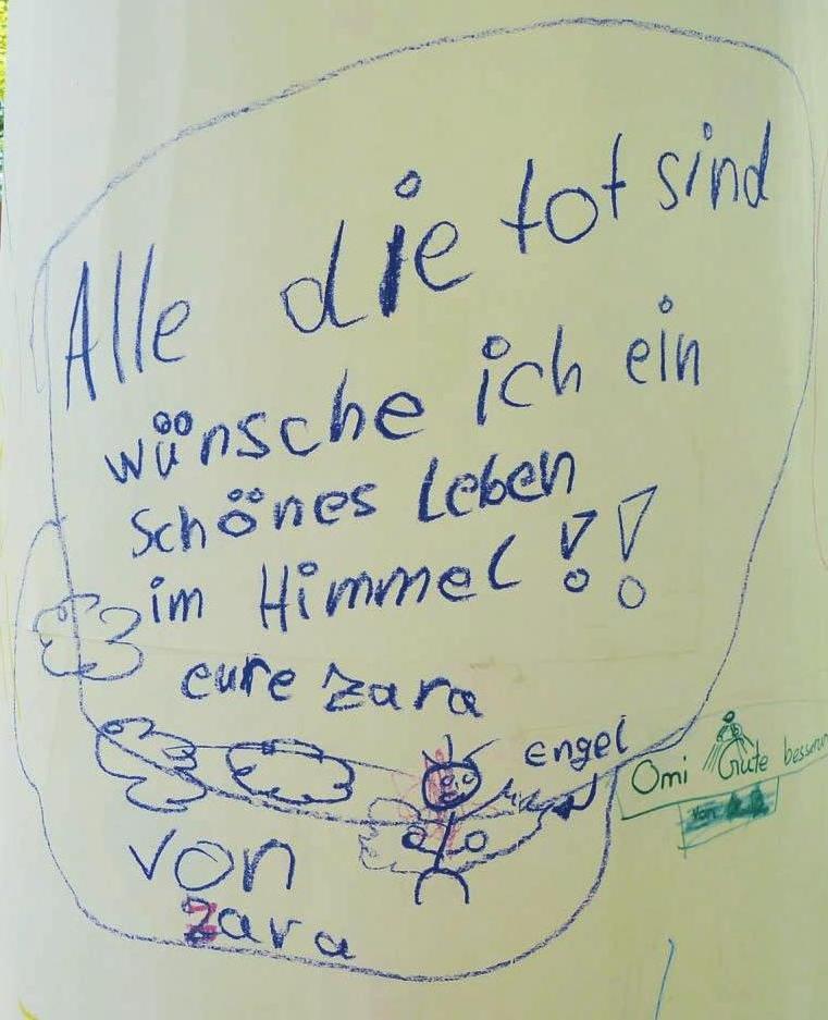 Im Foyer des Hamburger Hospizes steht eine Litfasssäule. Sie bietet Platz für kreativen Ausdruck in Bild und Text – und wird längst nicht mehr nur von Kindern genutzt.Foto: Hamburger Hospiz e. V.