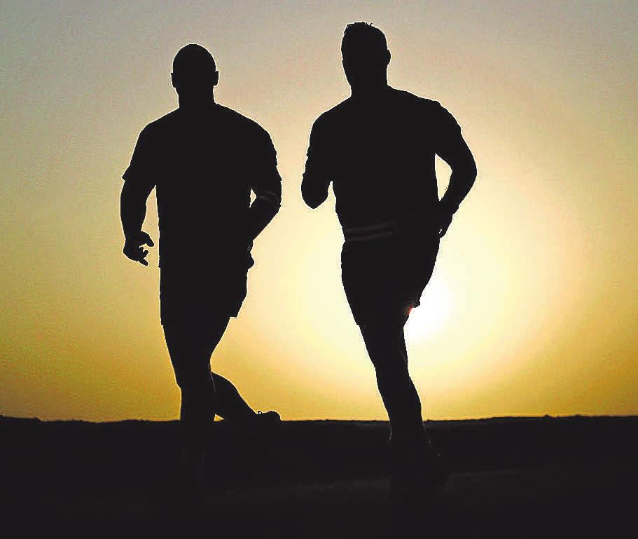 Vor allem passionierte Läufer wollen auch im Herbst und Winter nicht auf die Bewegung an der frischen Luft verzichten.