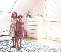 In den eigenen vier Wänden wünschen sich Familien Sicherheit und Geborgenheit – auch vor Einbrechern. Foto: djd/Bauherren-Schutzbund