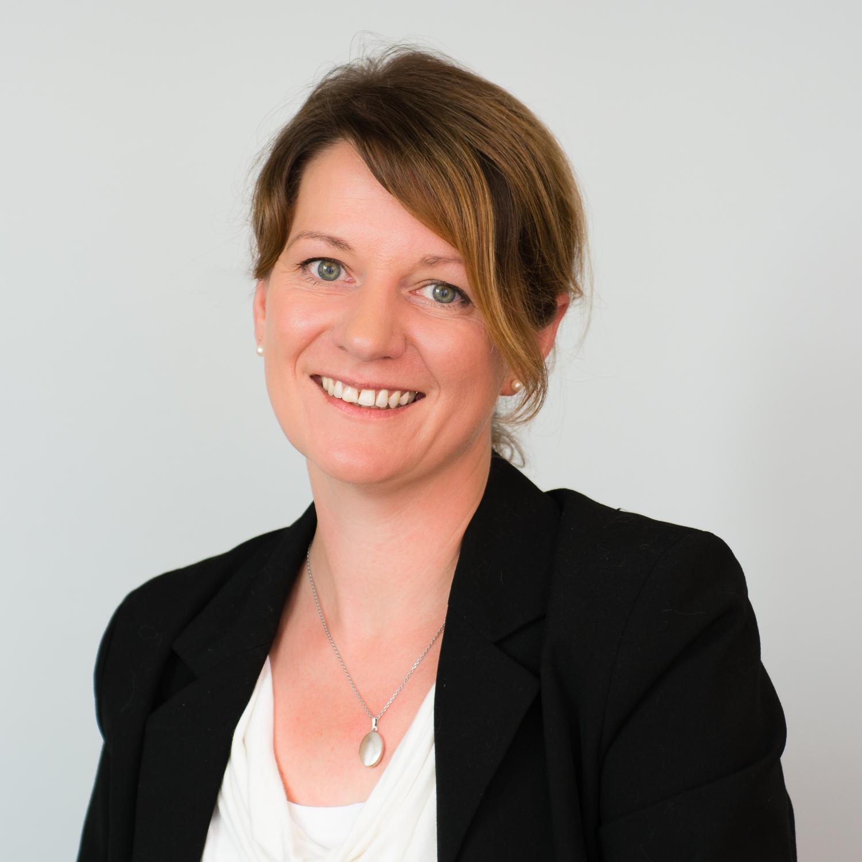 """""""Mit der neuen M@dita-App können Schwangere in Schleswig-Holstein jederzeit auf ihren digitalen Mutterpass zugreifen"""", sagt AOK-Landesdirektorin Iris Kröner."""
