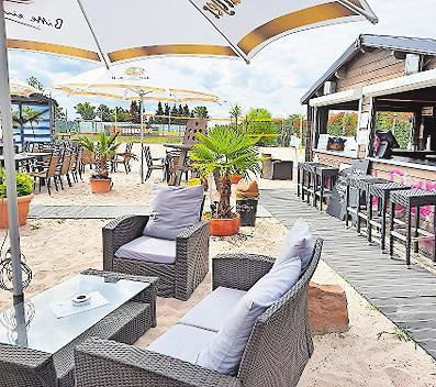 """Ausklang: """"Soulfood Café"""" mit Strandflair. Foto: Soccerpark/frei"""