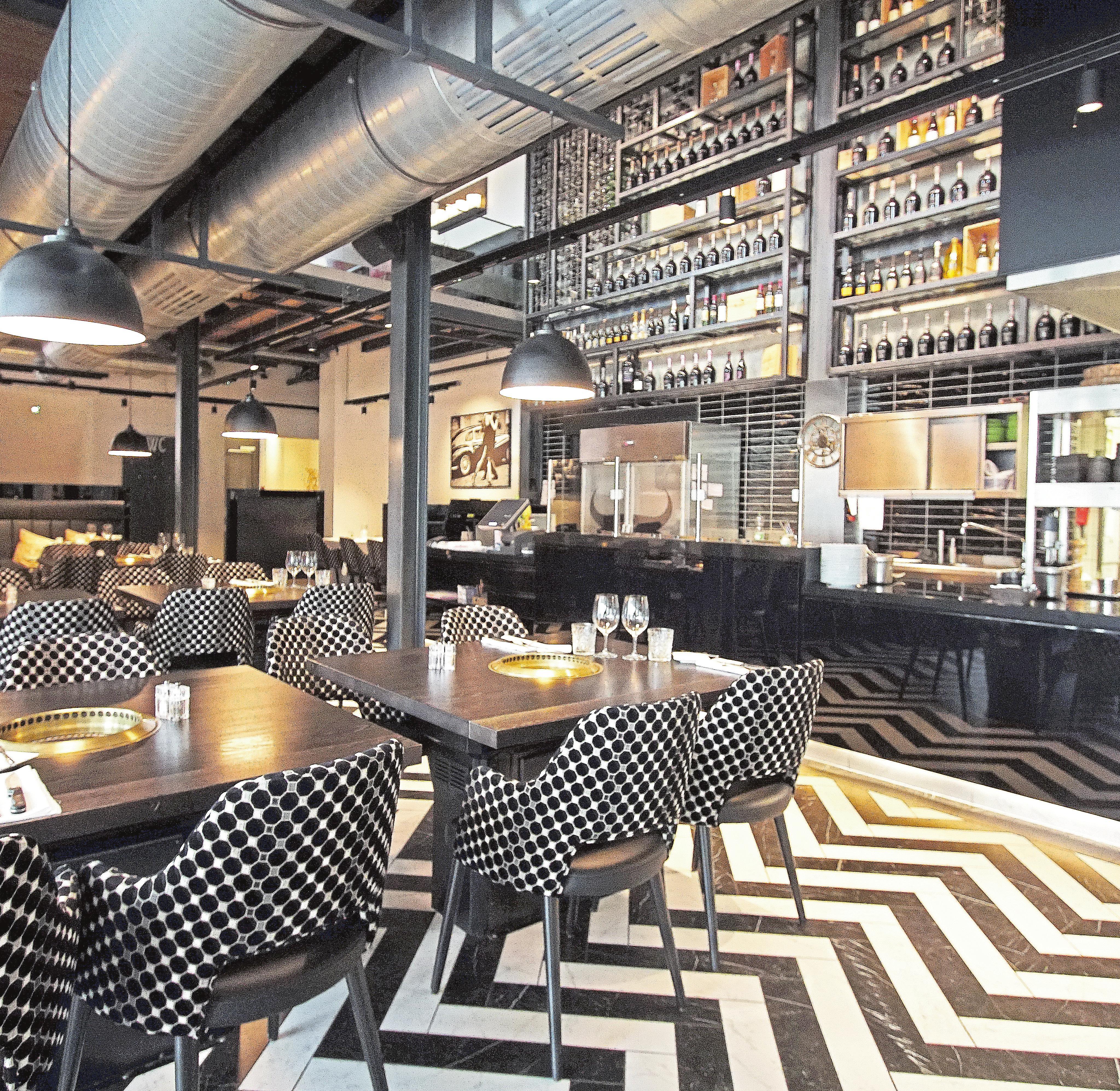 Der El Toro Meat Club ist eines der 13 Restaurants der Galerie. Steve Eastwood