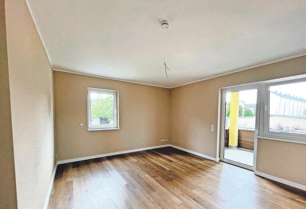 Alle Wohnungen verfügen über einen modernen Vinylboden in Holzoptik und über Balkone. Foto: PWG