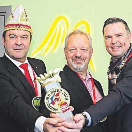 CC-Geschäftsführer Hans-Jürgen Tüllmann, Patric Fedlmeier, Vorstandsvorsitzender Provinzial Rheinland, EXPRESS-Verkaufsleiter Gerd Cecatka