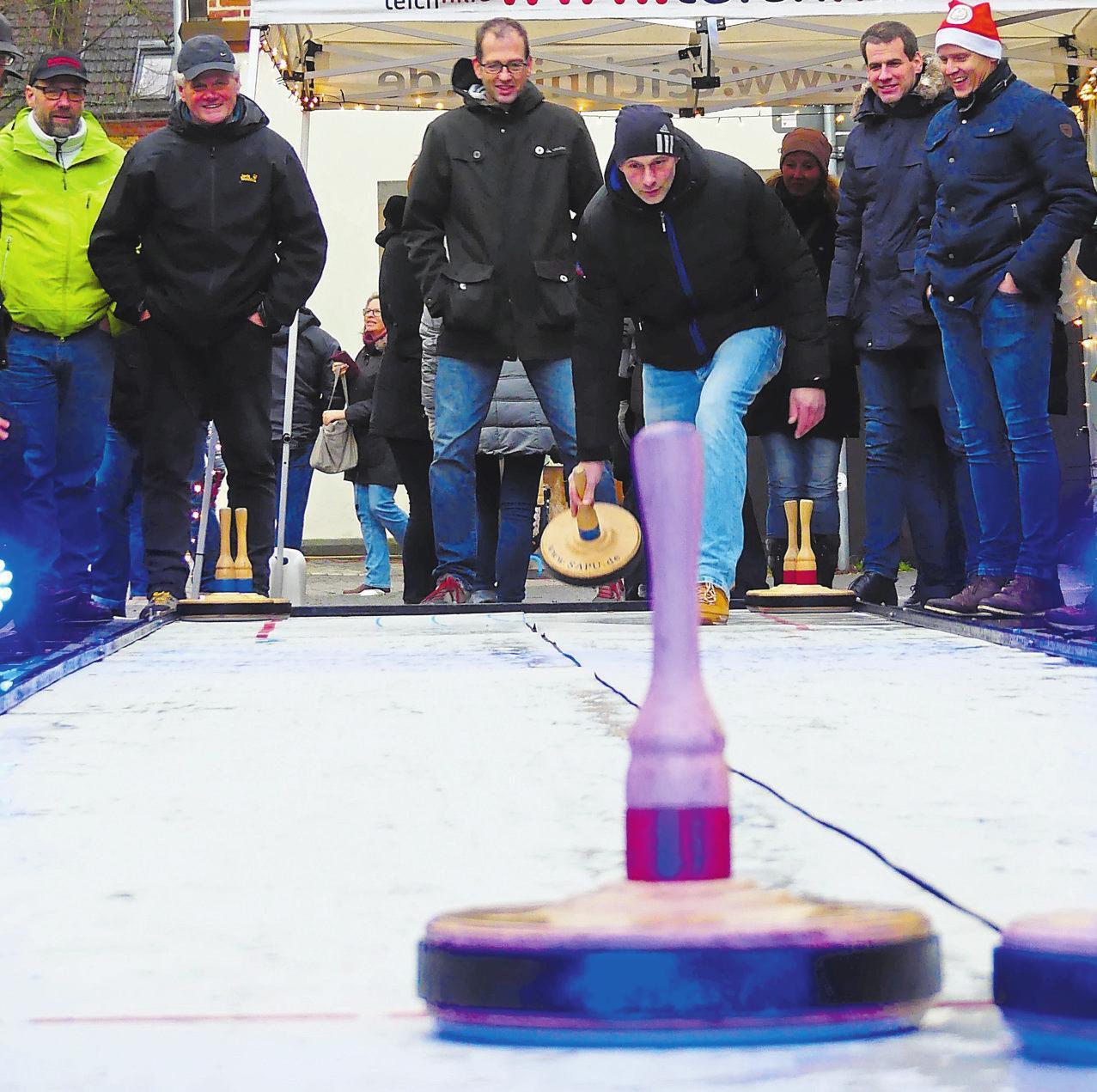 Zum zweiten Mal wird der Stadtmeister im Eisstockschießen gesucht. Foto: Malte Oberhoff