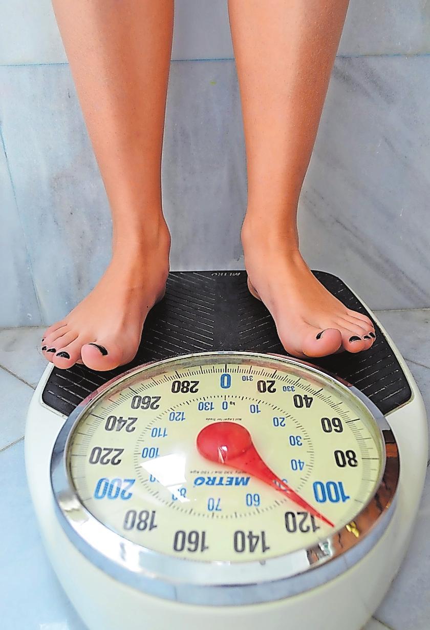 Der sichtbare Abnehmerfolg auf der Waage ist bei klassischen Diäten und Intervallfasten gleich. FOTO: NANCYMURE/PIXABAY
