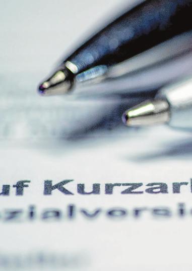 In der Corona-Krise steht in vielen Betrieben Kurzarbeit an - unter Umständen können dabei auch Azubis Kurzarbeitergeld bekommen. Foto: Jens Büttner/dpa-mag