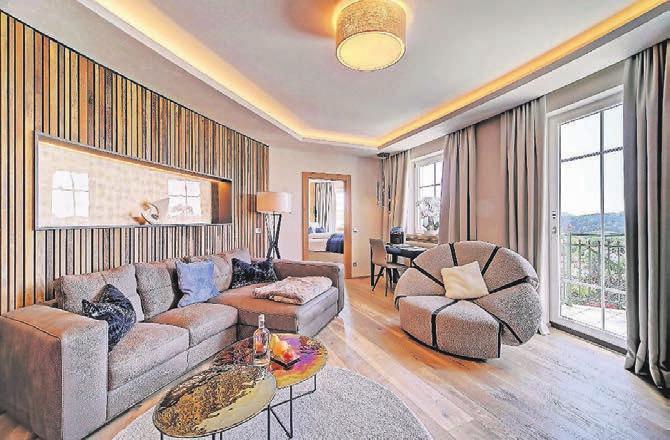 Traumhafter Rückzugsort: die Honeymoon-Suite. Foto: Jagdhof/P. Dafinger