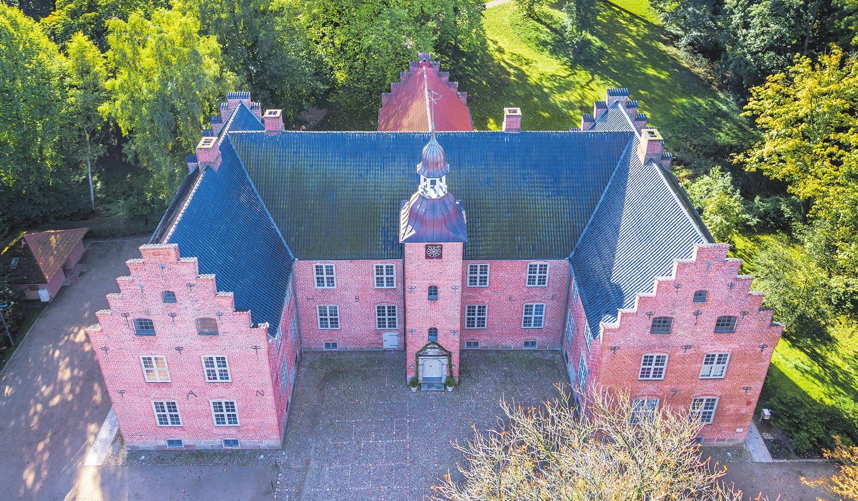 Schlosspraxis Dres. Schlünzen im Schloss Hagen