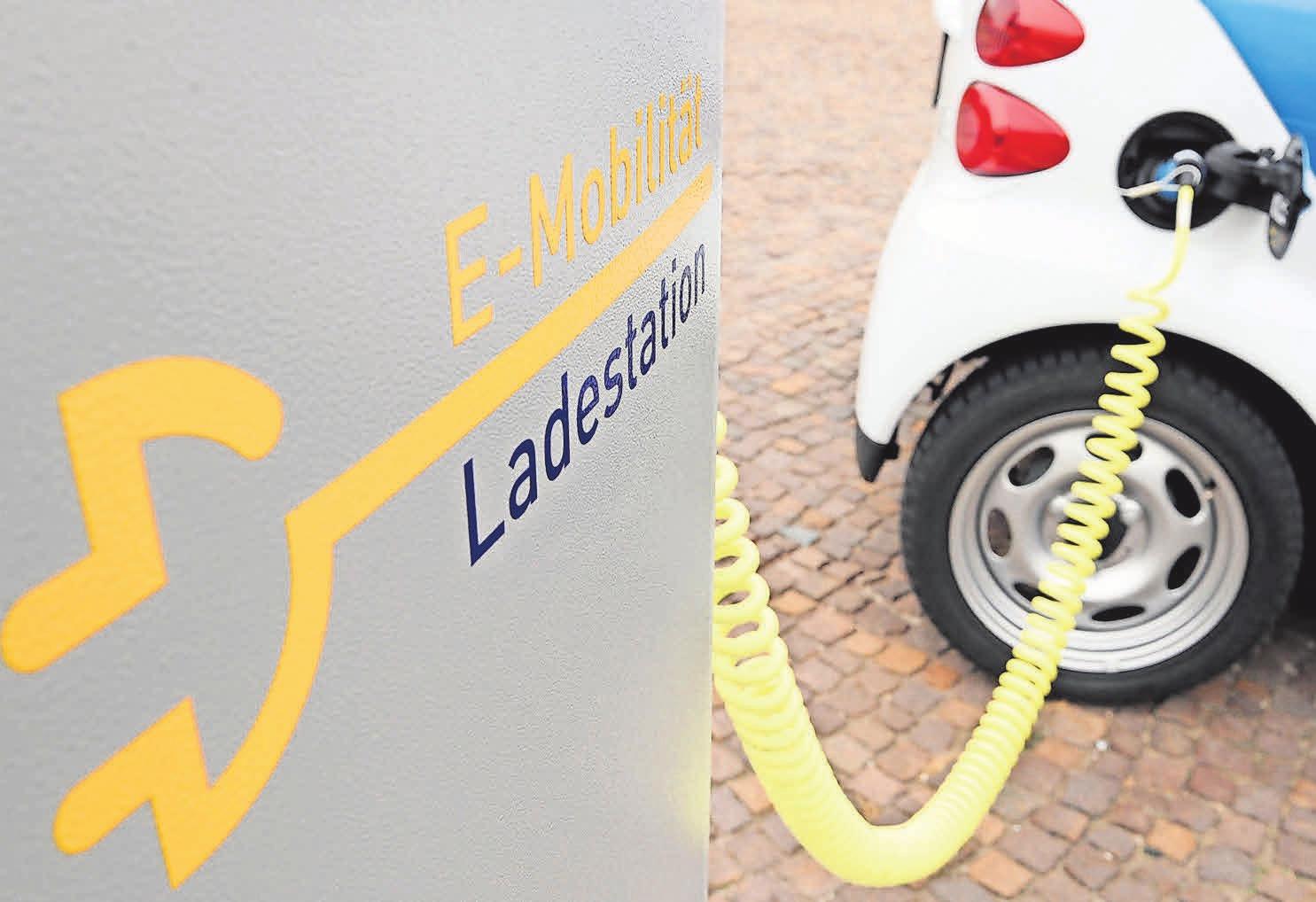 Elektroautos werden lauter und für manche auch steuerlich günstiger. Foto: dpa