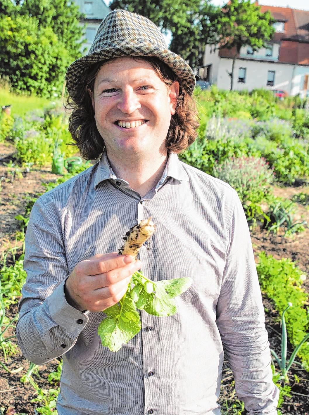 Der ehemalige Software-Berater Bertram Fischer rief die Mikro-Landwirtschaft in Mannheim 2018 ins Leben – und feiert immer größere Erfolge. BILDER: MARKUS MERTENS