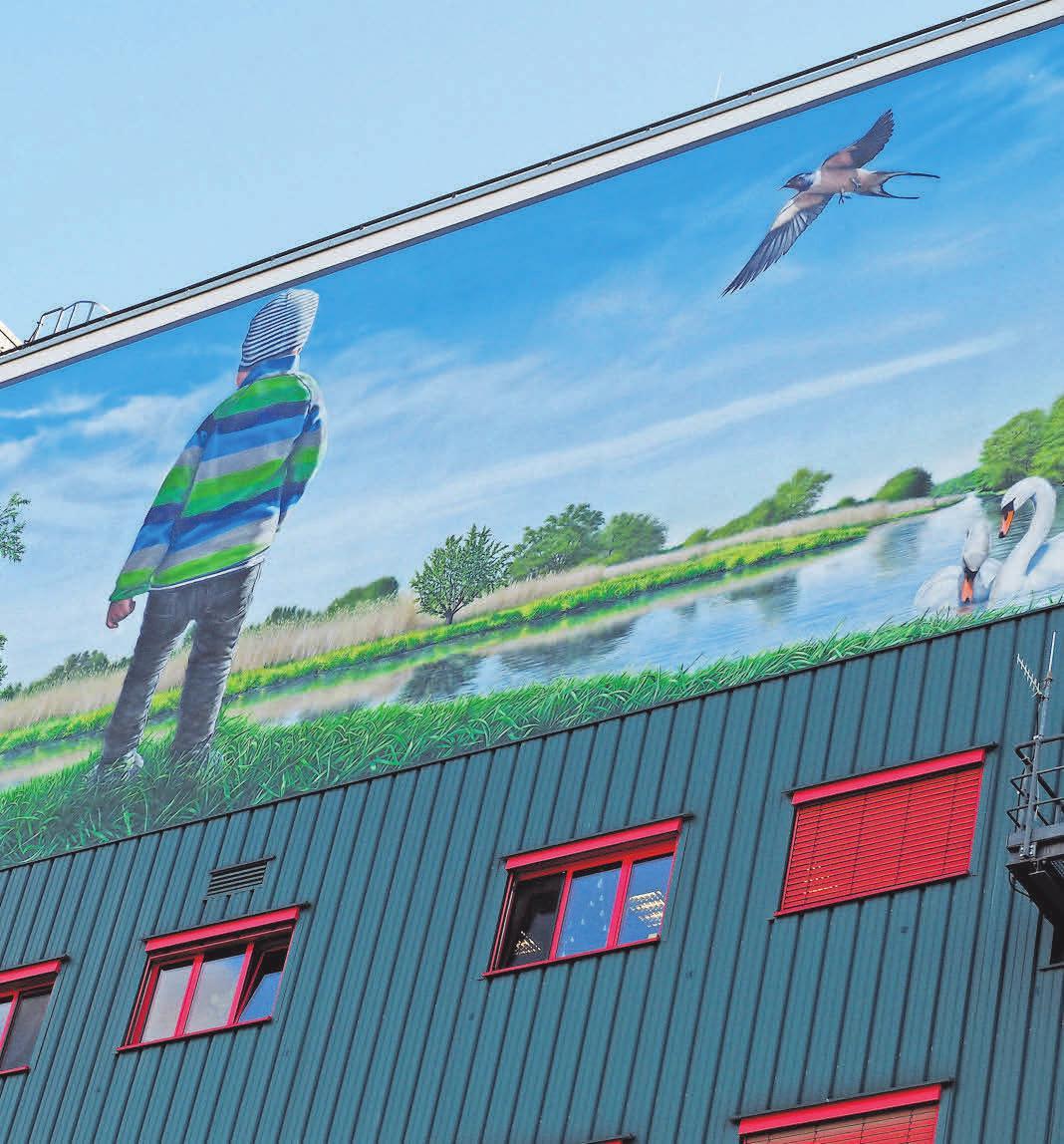 Vor Beginn der Malarbeiten wurde der EEW-Betonbunker in Premnitz saniert. Fotos (2): Jessica Kliem