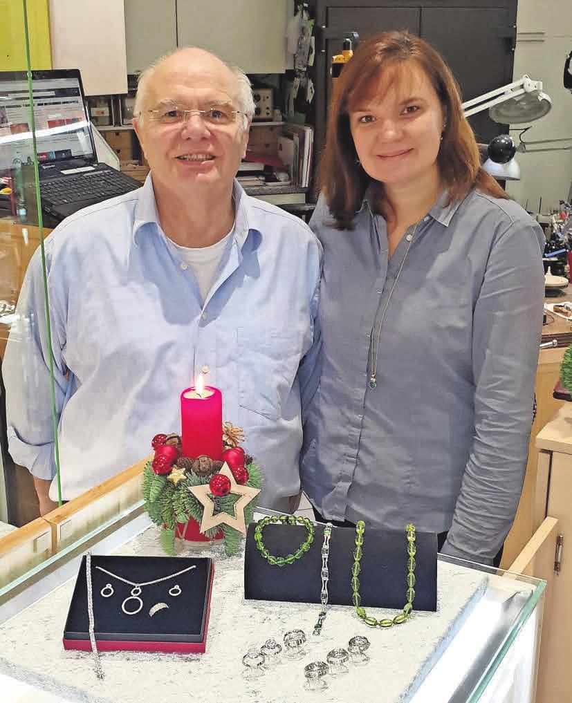 Norbert Ramfft und seine Tochter Nadine lassen Schmuckwünsche wahr werden.
