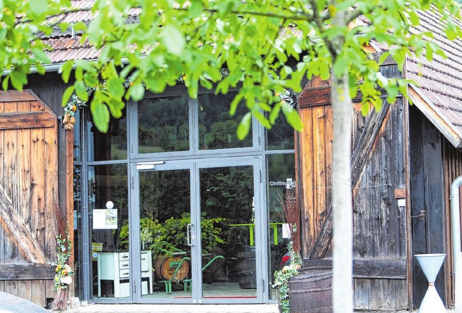 Das Obstbaumuseum lockt außerhalb der Corona-Beschränkungen Besucher aus nah und fern nach Glems.. Foto: Kiehl Thomas