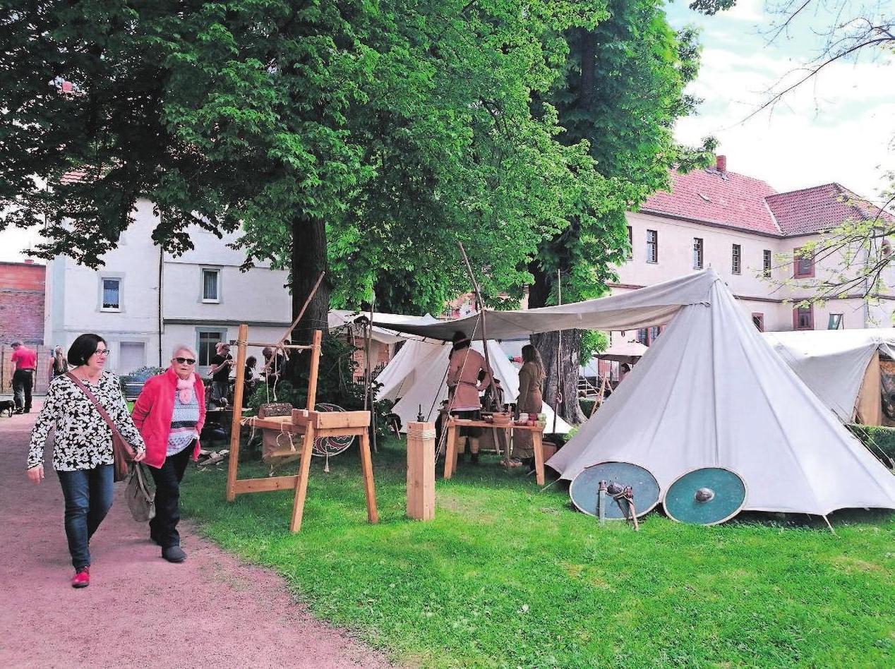 Der Mittelalter-Markt entführt in vergangene Zeiten. Fotos: Stadt Vacha