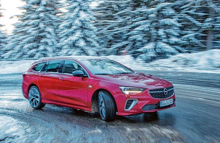 Der intelligente Allradantrieb hält den neuen Opel Insignia GSI sicher in der Spur Foto: Opel