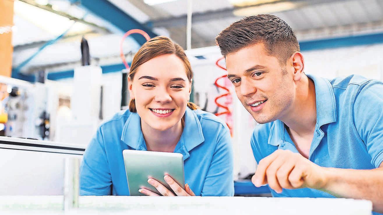 Lehre, Meisterprüfung und Bachelorabschluss – das bietet das triale Studium. Foto: Daisy Daisy – stock.adobe.com