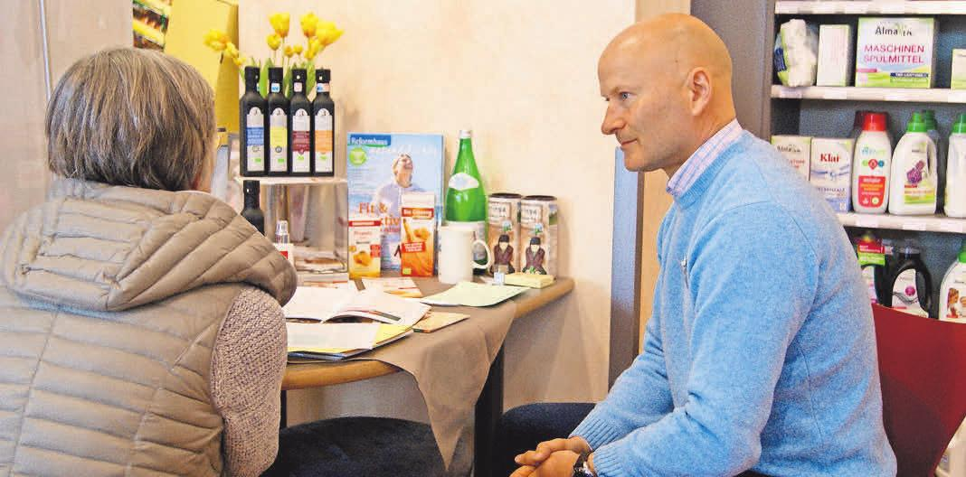 Gut beraten: Im Naturahaus lädt der Heilpraktiker Dieter Bretz zu kostenlosen Beratungen ein.