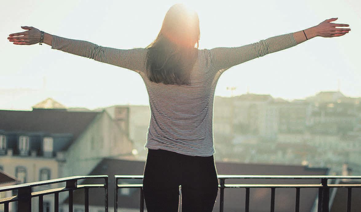 Ein Balkon ist der ideale Ort, um die Seele baumeln zu lassen. Foto: Pixabay.com