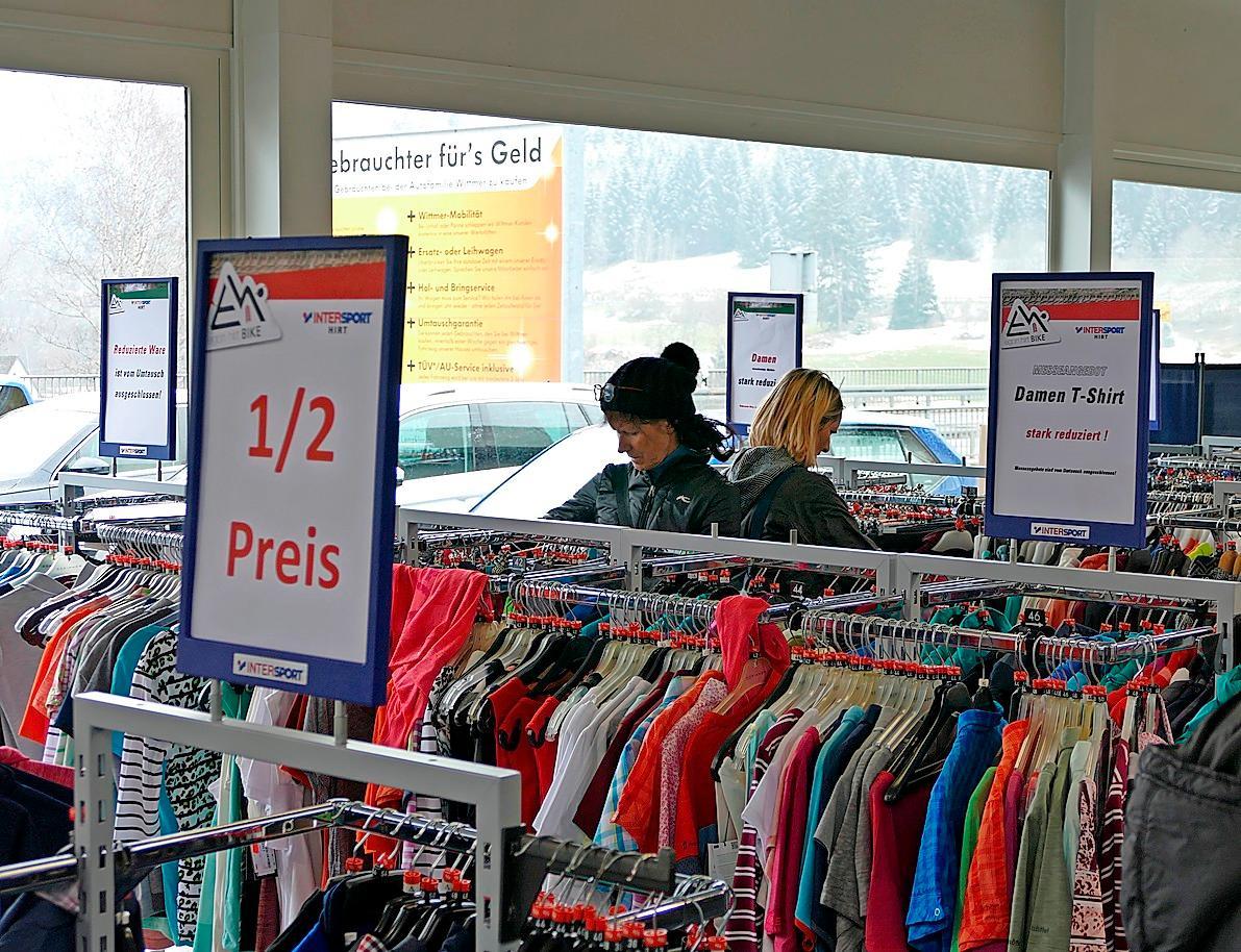 Sonntagsverkauf mit Märkten in Neustadt Image 2