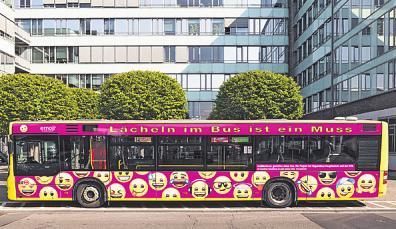 """Im Rahmen des Wettbewerbs """"Schülerinnen gestalten einen Bus"""" wurden zahlreiche kreative und originelle Vorschläge eingereicht – Die KVB wird das beste Konzept umsetzen lassen Image 2"""