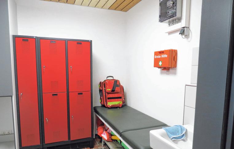 Der Erste Hilfe Bereich im Hallenbad Meßkirch.