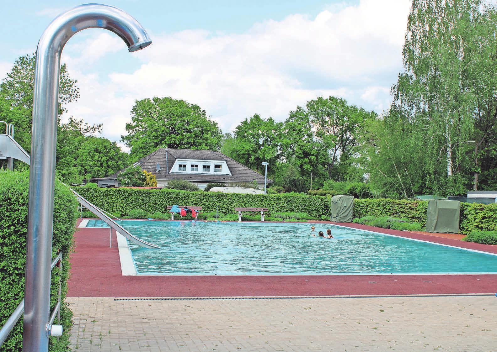 Das Nichtschwimmerbecken bildet eine separate Zone: Ideal für Familien mit Kindern.