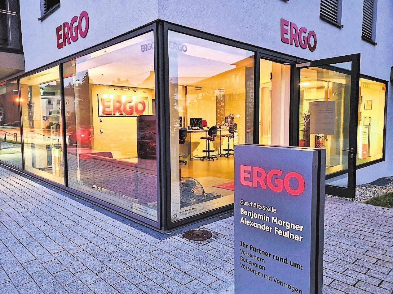 Viel Glas, eine moderne Beratungstheke und freundliches Ambiente bietet die neue ERGO-Geschäftsstelle am Sigmundsgraben 24 in Hof.