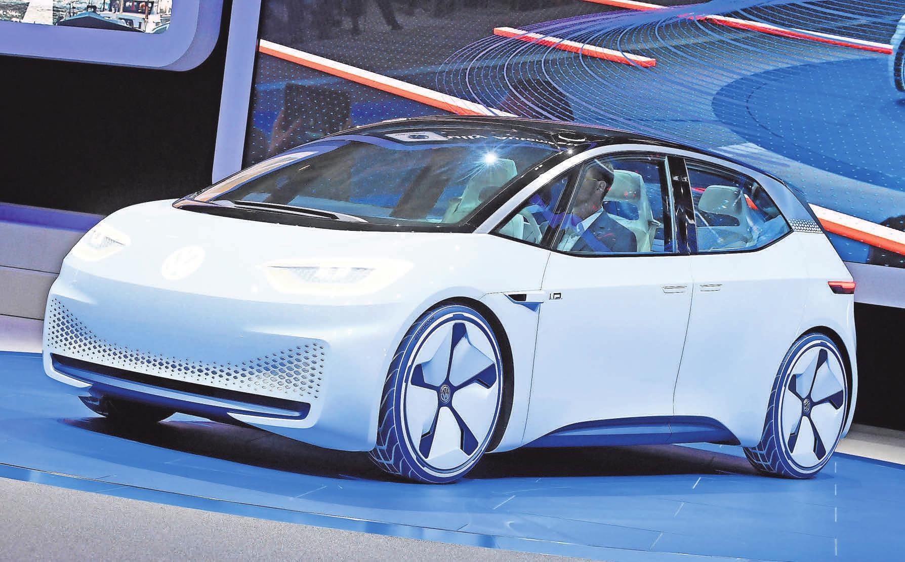 VW ist mit dem Modell ID auf dem E-Auto-Markt vertreten. Erstmals wurde das Konzeptfahrzeug mit rein elektrischem Antrieb 2016 auf einer Messe in Paris vorgestellt. Foto: dpa