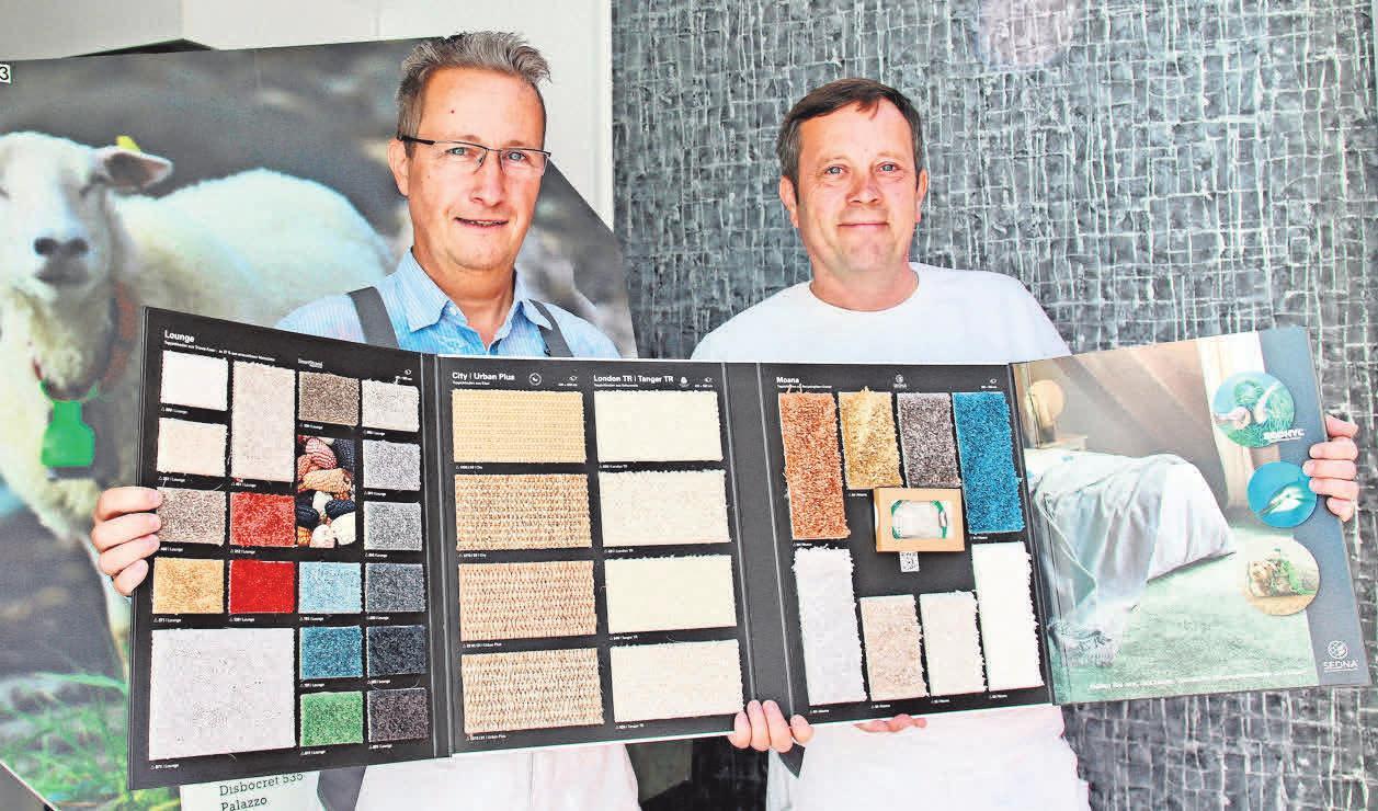 Ernst und Olaf Maikowski zeigen natürliche Bodenbeläge, die jedes Zuhause in eine Wohlfühloase verwandeln.