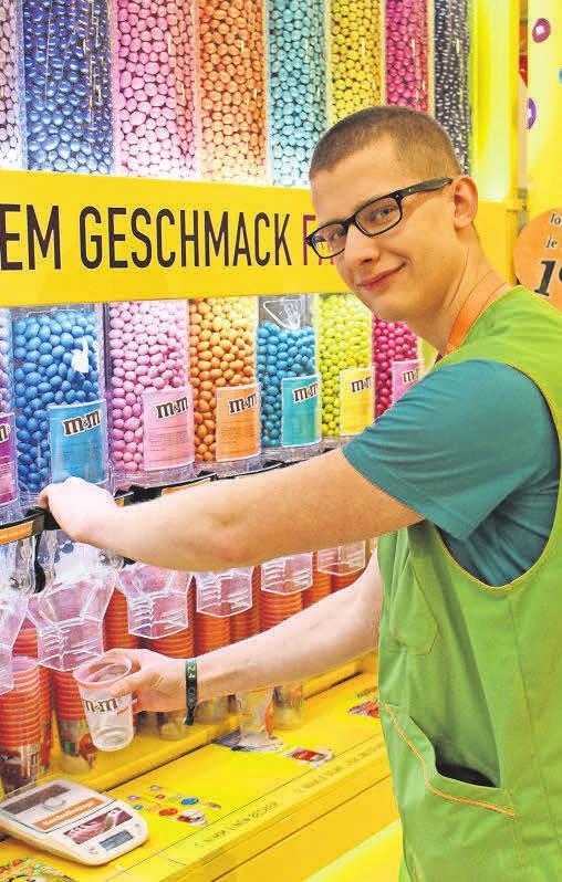 Nico Puffe, Süßwarenabteilung, 1. Lehrjahr