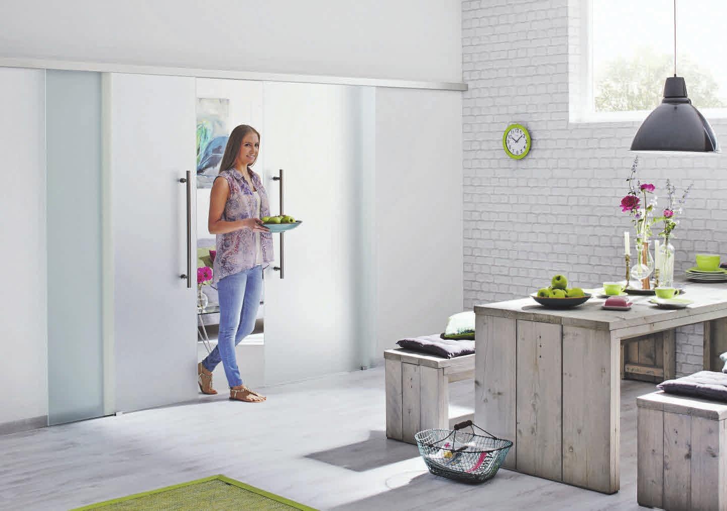 Die Ganzglastüren sind als Flügel- und Schiebetür erhältlich und somit für jeden Raum geeignet. Fotos: Hörmann