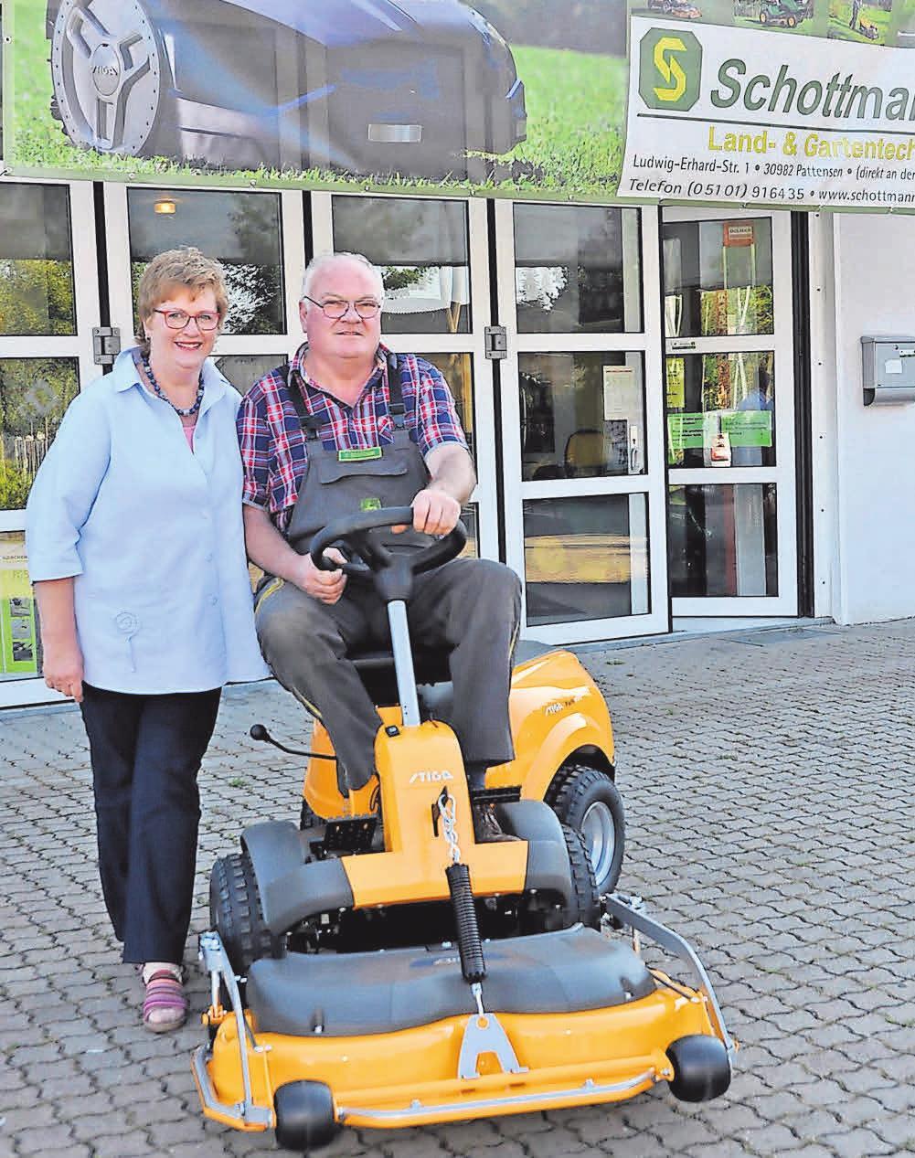 Heinfred und Ulrike Schottmann führen seit 38 Jahren das Unternehmen in Pattensen. Foto: Archiv