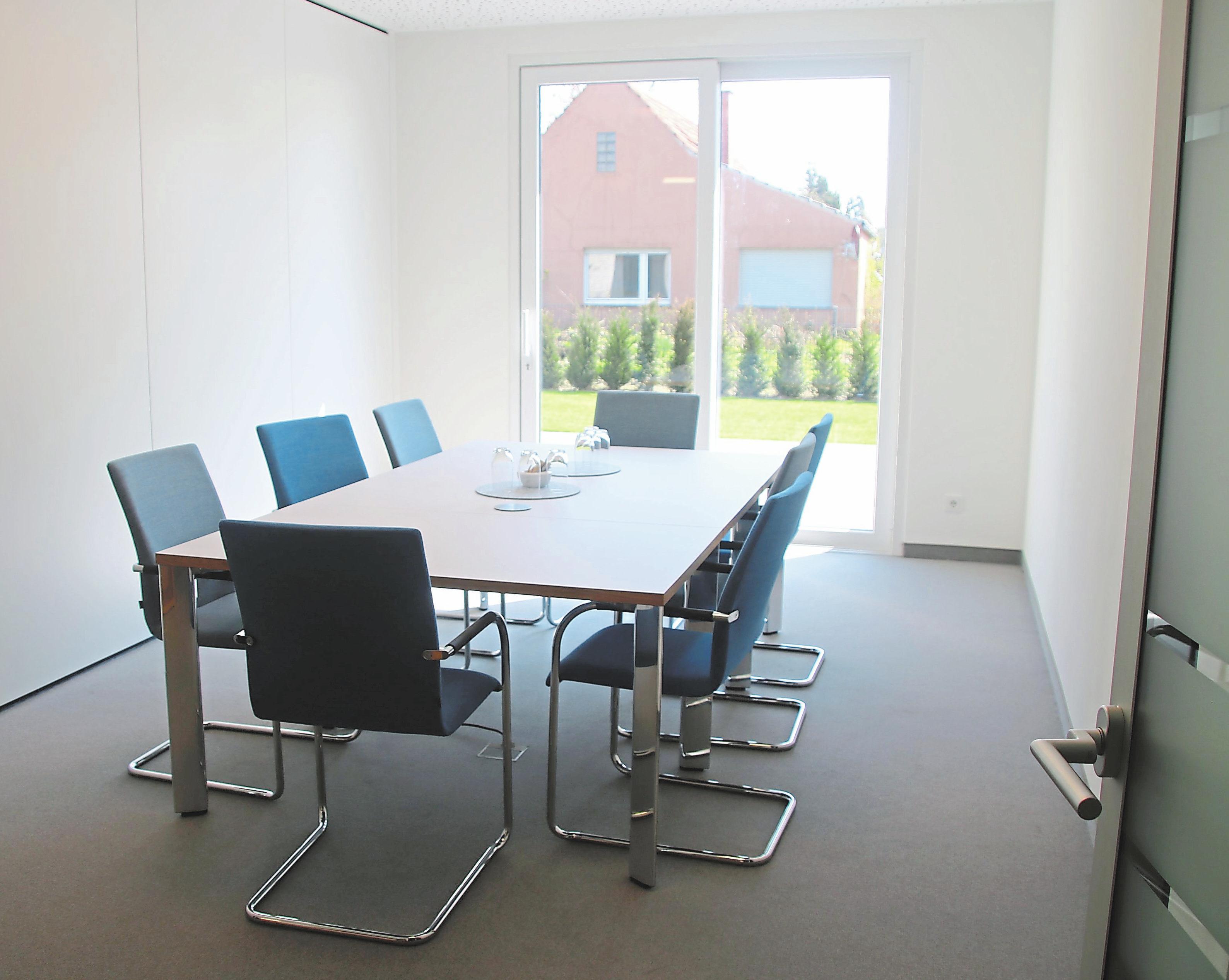 Die kleinen und großen Besprechungszimmer vereint der Umstand, dass alle technischen Raffinessen der heutigen Zeit ausgeschöpft wurden.
