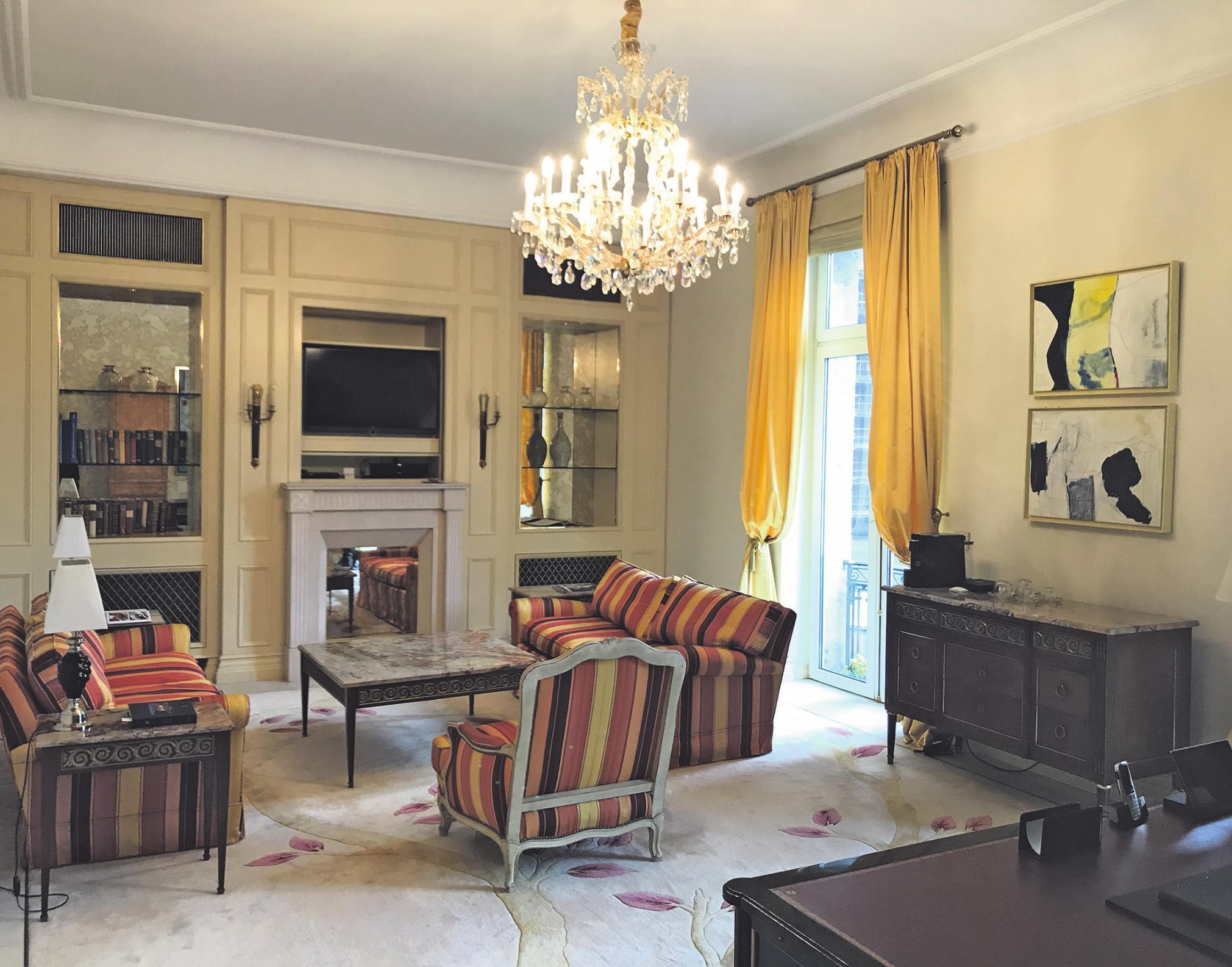 Express-Besuch im teuersten Hotelzimmer der Stadt Image 2