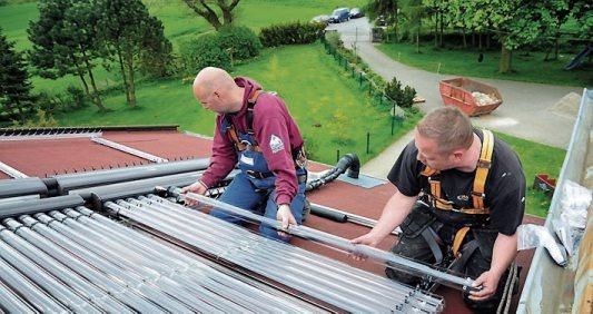 Vor allem ölbeheizte Haushalte folgendem Trend, mindestens zwei Energieträger zu nutzen – wie Heizöl und Solarthermie. Grafik: IWO